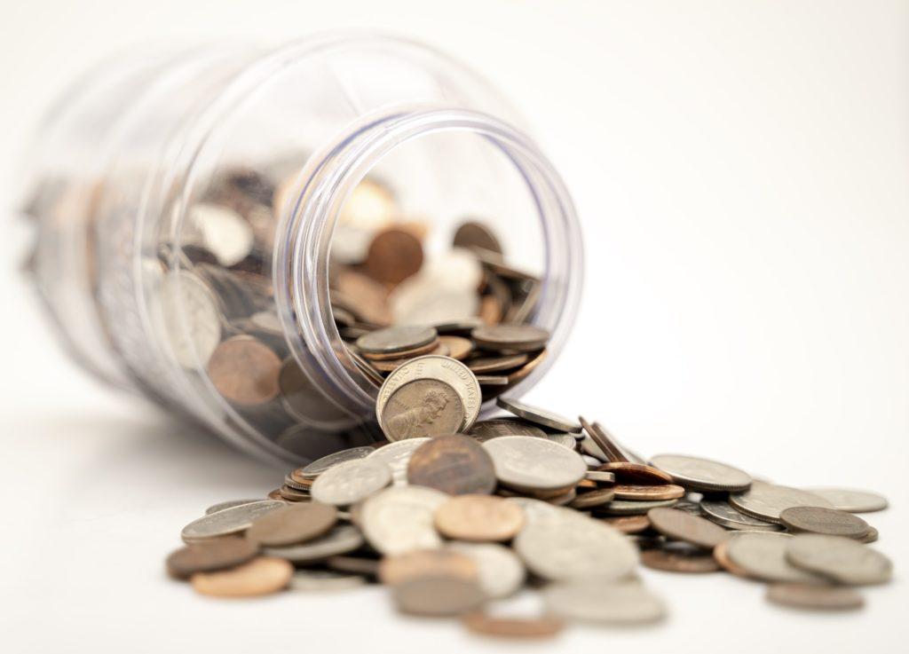 溢れる小銭